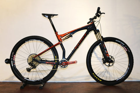 SCOTT Spark Custom Large (Pre-Owned)