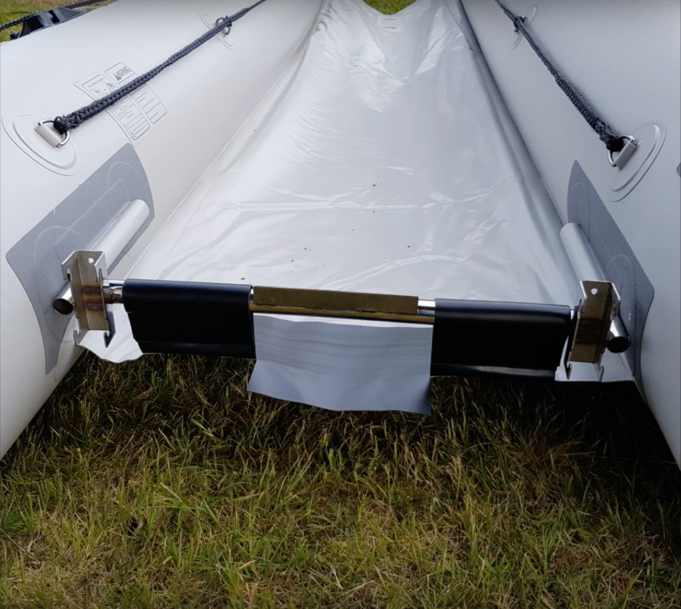 Takacat Lite X Lower Transom Bar with Velcro Straps