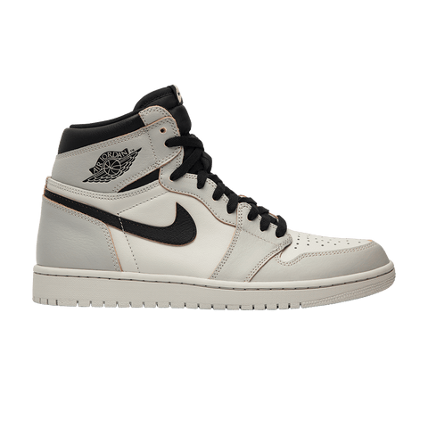 "Nike SB x Air Jordan 1 Retro High OG ""Light Bone (NYC to Paris)"""