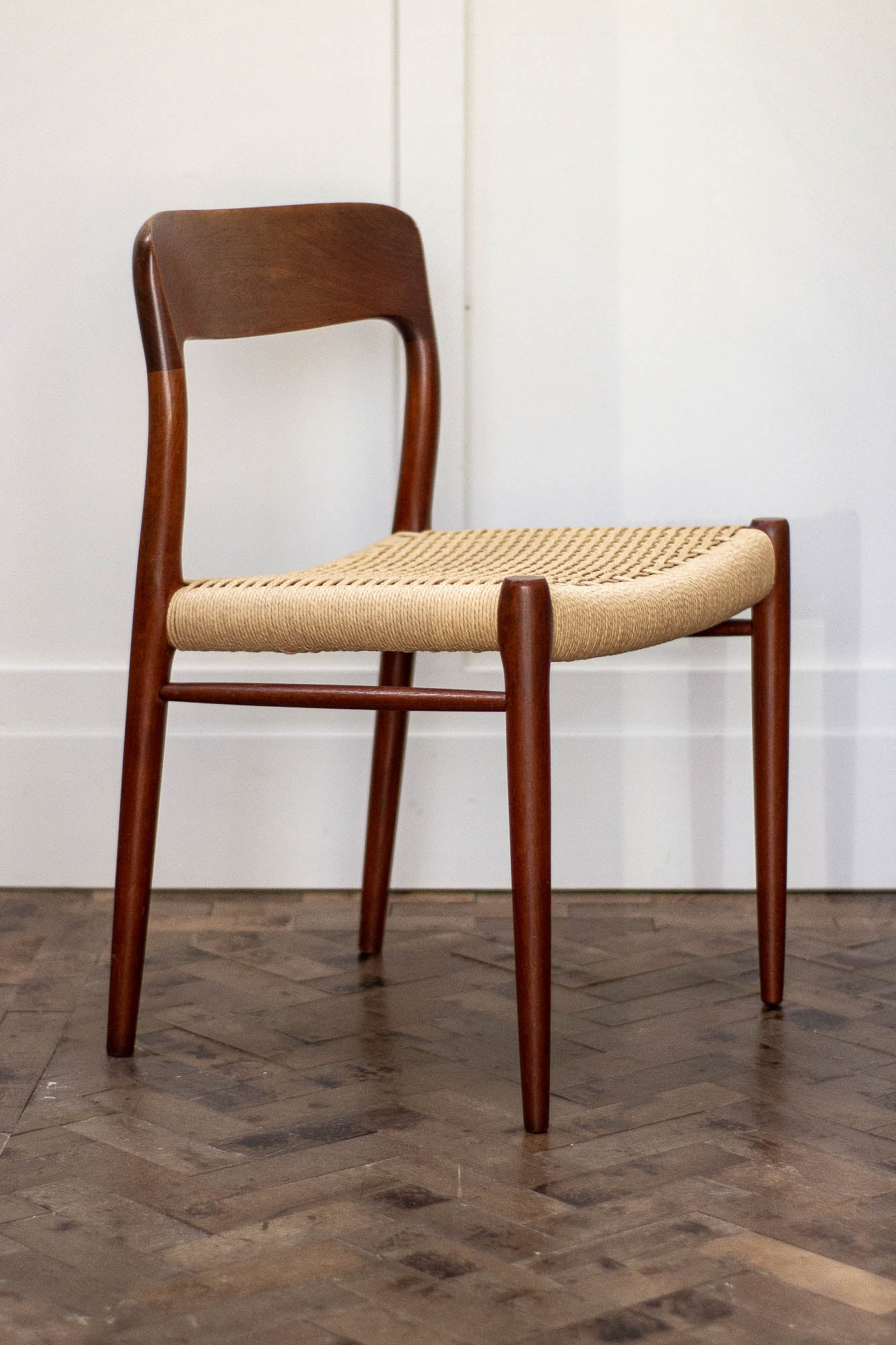 Efterstræbte Set of 12 Niels O Møller Dining Chairs in Teak, Danish RH-52