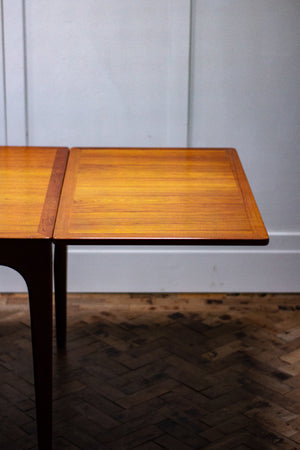 Johannes Andersen 1960s Danish Dining Table for Uldum Mobelfabrik.