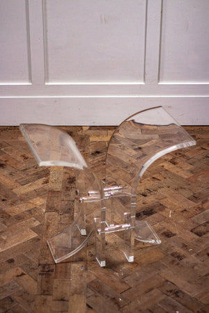 A 1980s Hollywood Regency Clear Lucite and Glass Side Table.