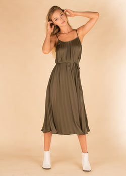 Green Bacchus Pleated Silky Dress
