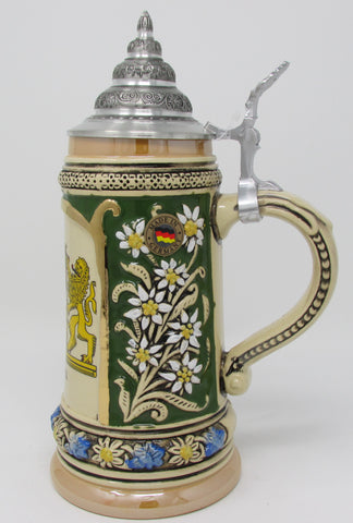 Bayern Crest Edelweiss Flower .5L Green German Beer Stein