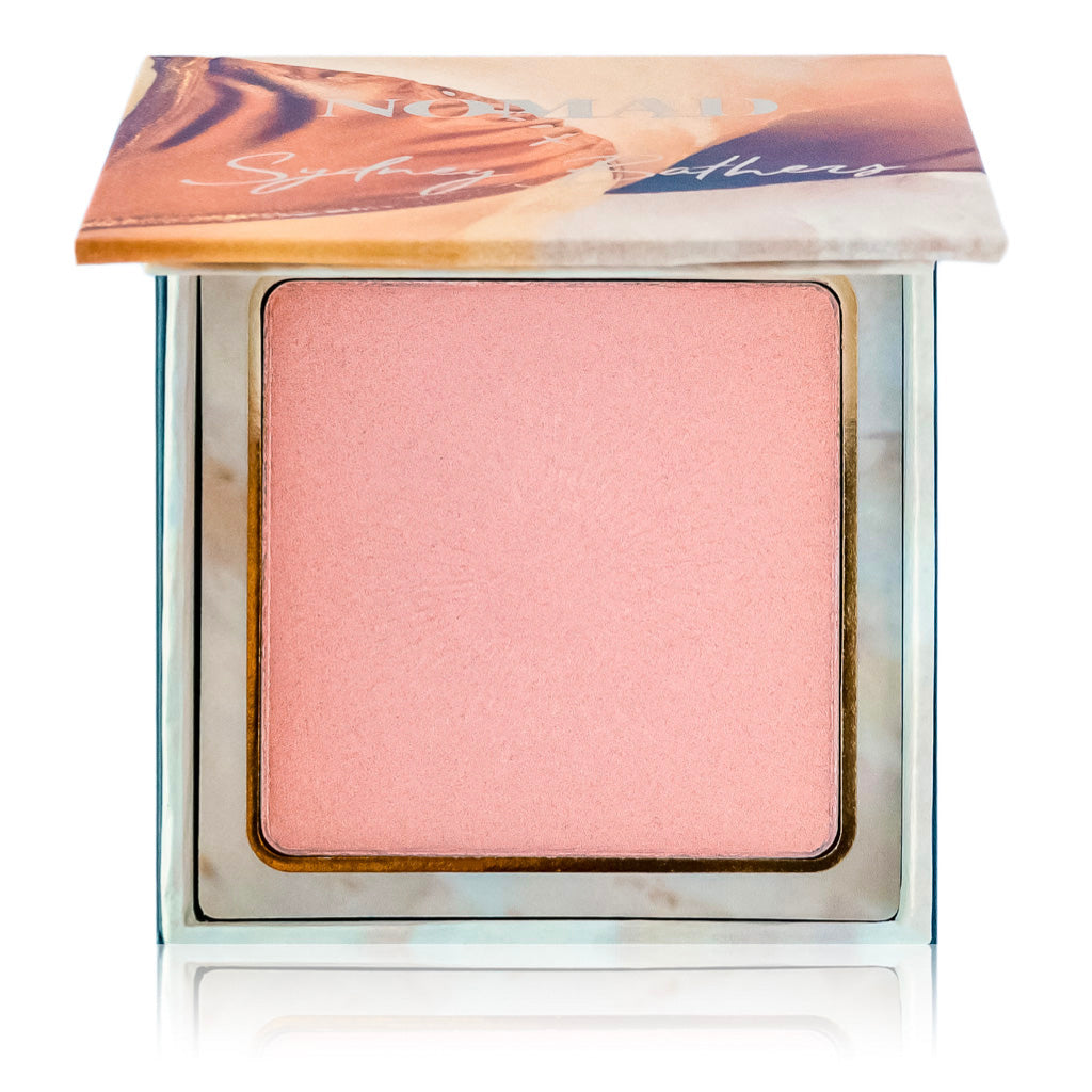 NOMAD x Sydney Bathers Kiss Of Sun Highlighter in Balmoral Beach