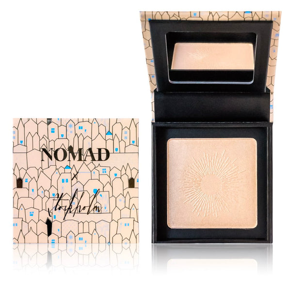 NOMAD x Stockholm Illuminated Highlighting Powder in Midnight Sun