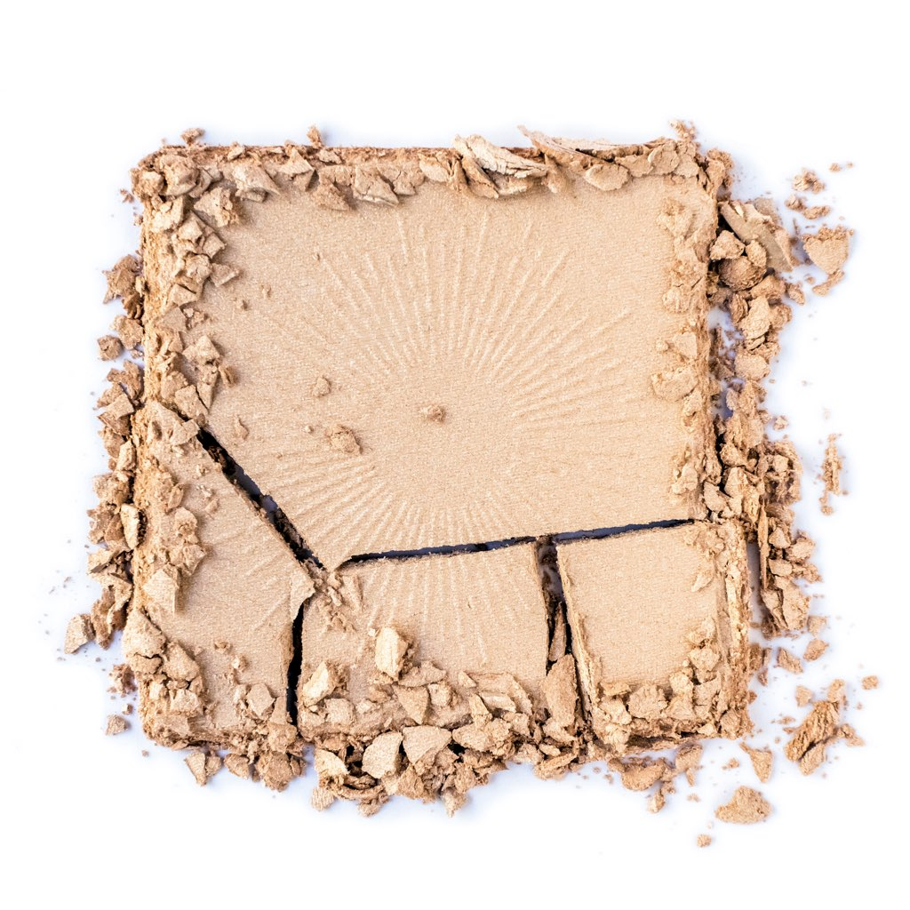 NOMAD x Stockholm Illuminated Highlighting Powder in Midnight Sun, Champagne Gold