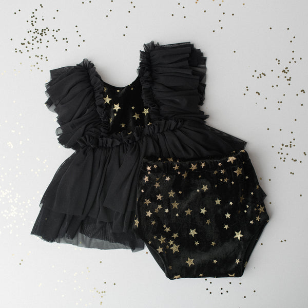 Raven Gold Star Baby Outfit | Photography Prop
