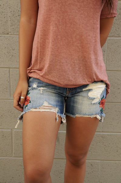 Rose Embroidery Shorts
