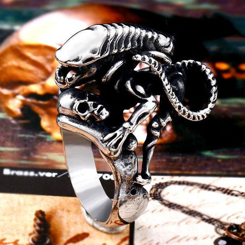 Bague Xenomorph Alien vs Predator