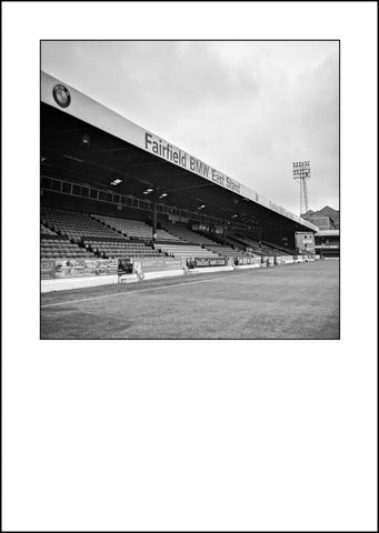 Southend United - Roots Hall (RH24bw)