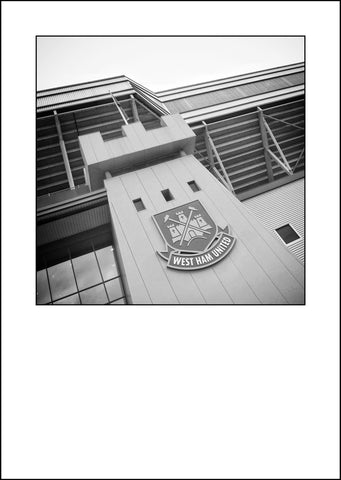 West Ham United - The Boleyn Ground (bg1bw)