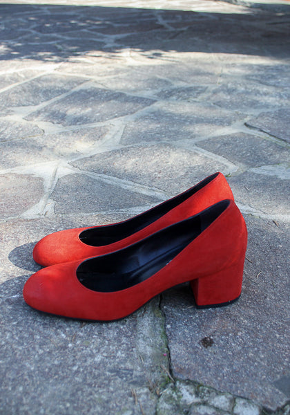 Handmade in Italy Red suede shoes Block heel
