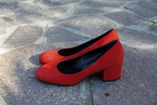 Handmade in Italy Red suede shoes Block heel by Portamento