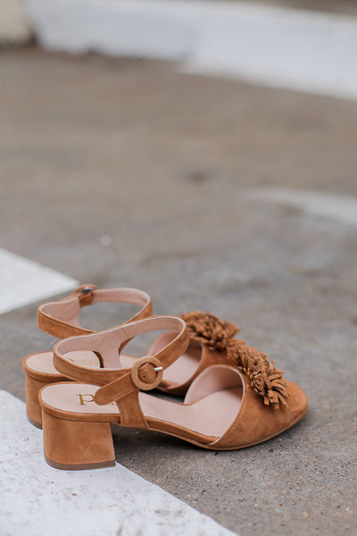 Handmade in Italy Soft light brown suede sandals by Portamento