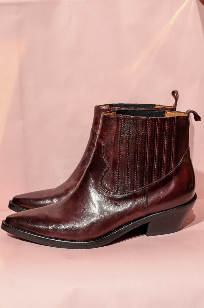 Sage Brown Boots