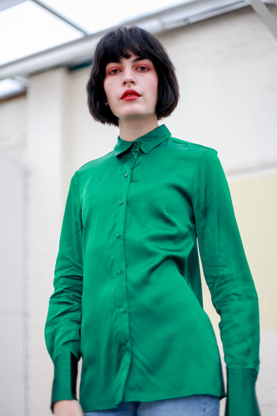 High shine green blouse by Yaya - Shop at S120
