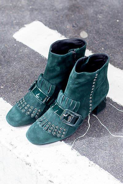 Handmade in Italy Green suede leather ankle boots Block patent heel, 100% Leather by Portamento