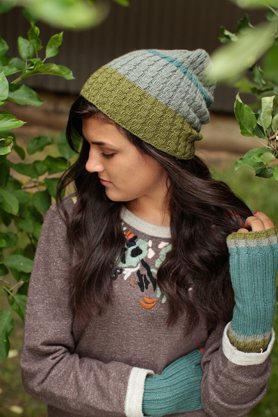 Juniper Hat and Mitts Kit