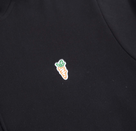 SIGNATURE CARROT PATCH HOODIE - BLACK