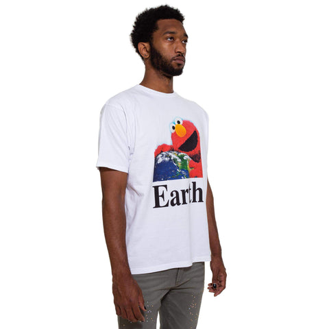 """I Hug Earth"" T-Shirt"