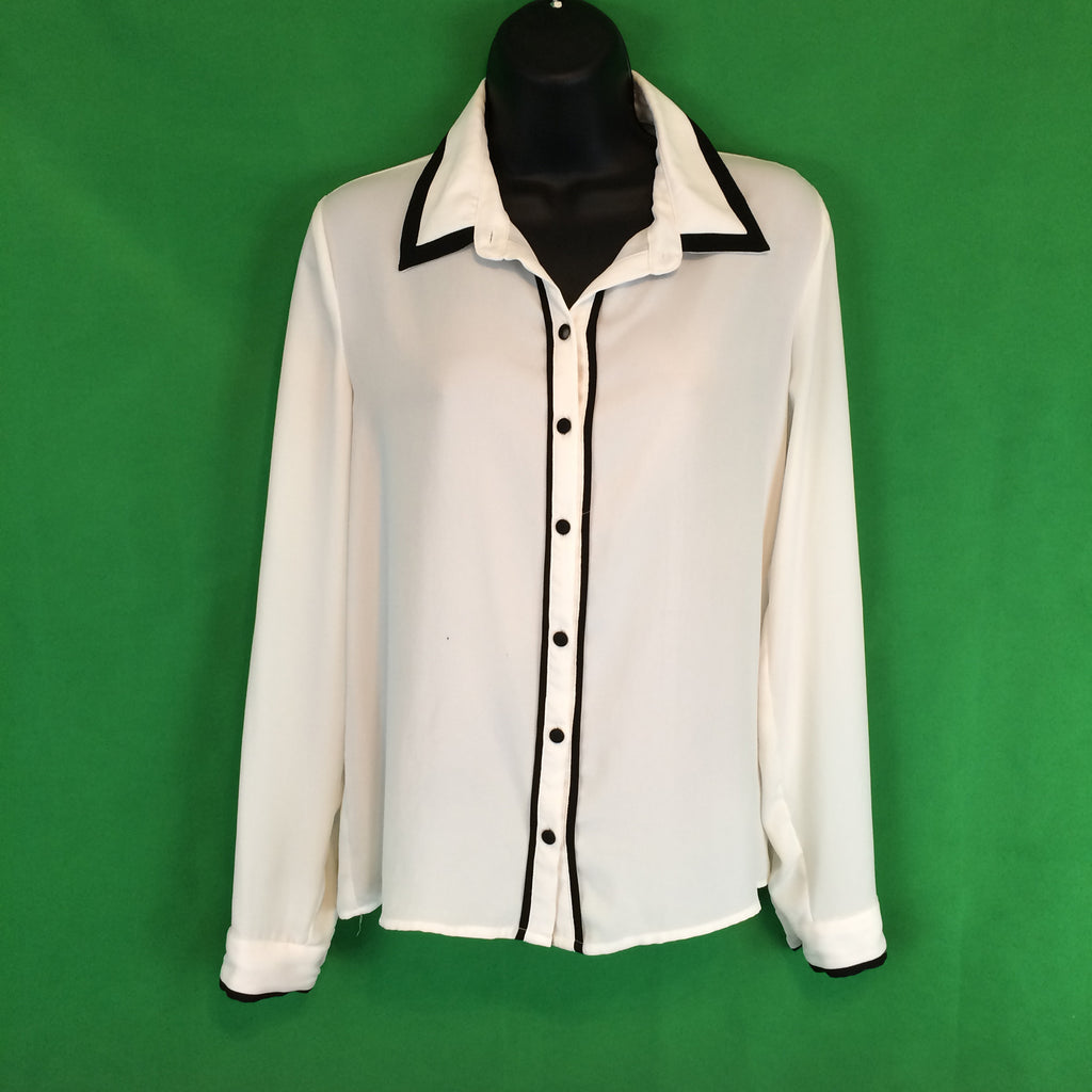 Forever 21 White Blouse with Black buttons and Trim, Business Casual M