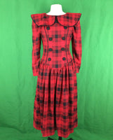 80's 90's Leslie Lucks Red Black Plaid Wide Puritan Collar Dress, Size 6, Christmas