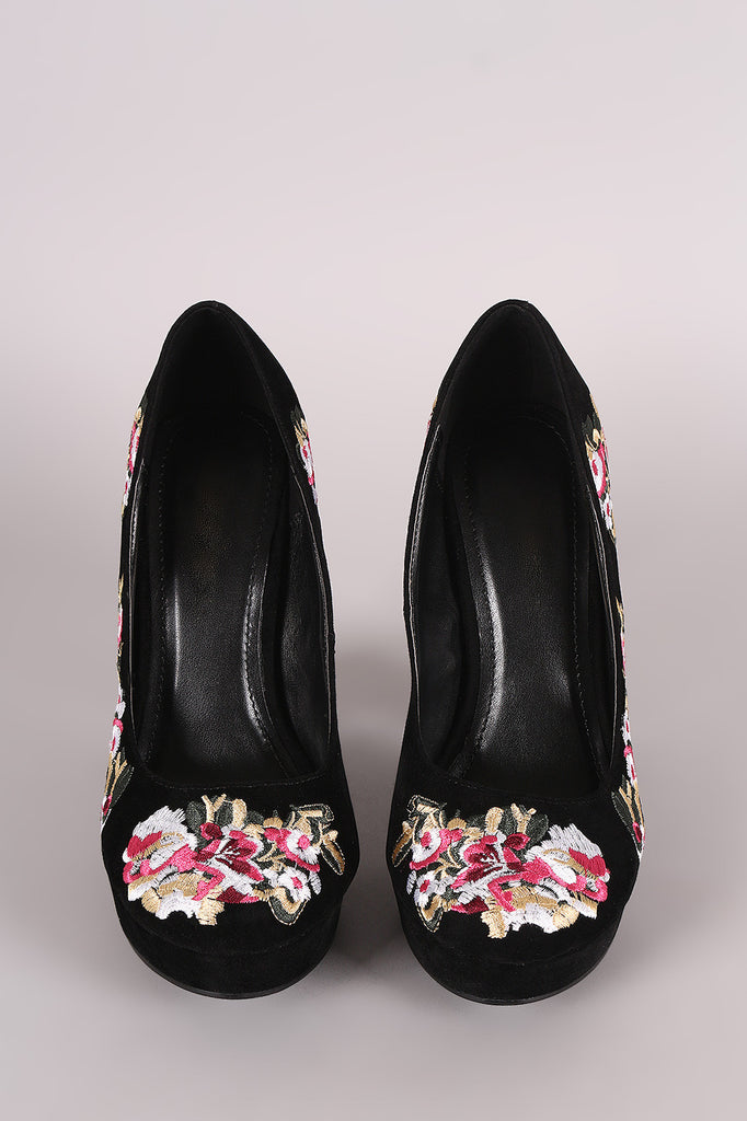 Shoe Republic LA Embroidered Floral Round Toe Platform Pump - Rich Girl's Closet - 7