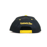 Boston Bruins Solid Velour Logo Snapback Hat - Black