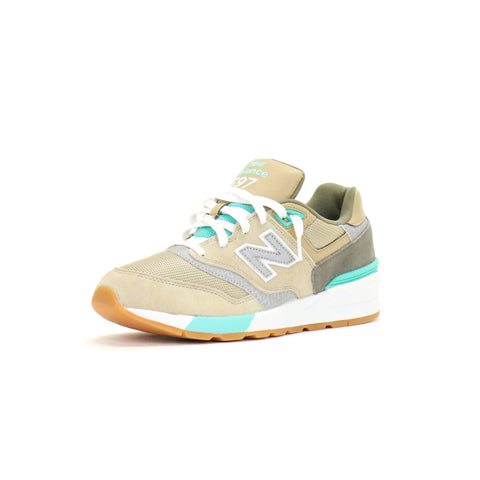 New Balance 597 90s Traditional - Beach Sand w/ Teal