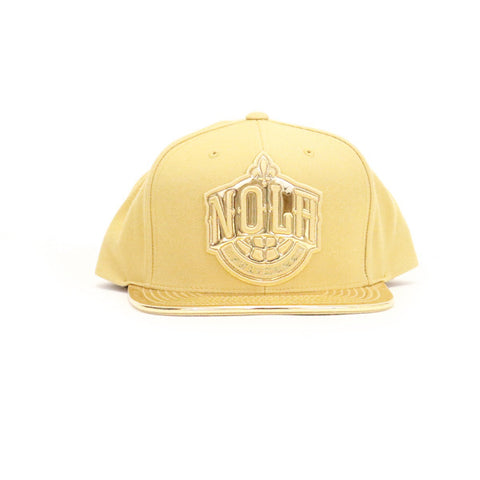 New Orleans Pelicans Metallic Foil Snapback Hat - Gold