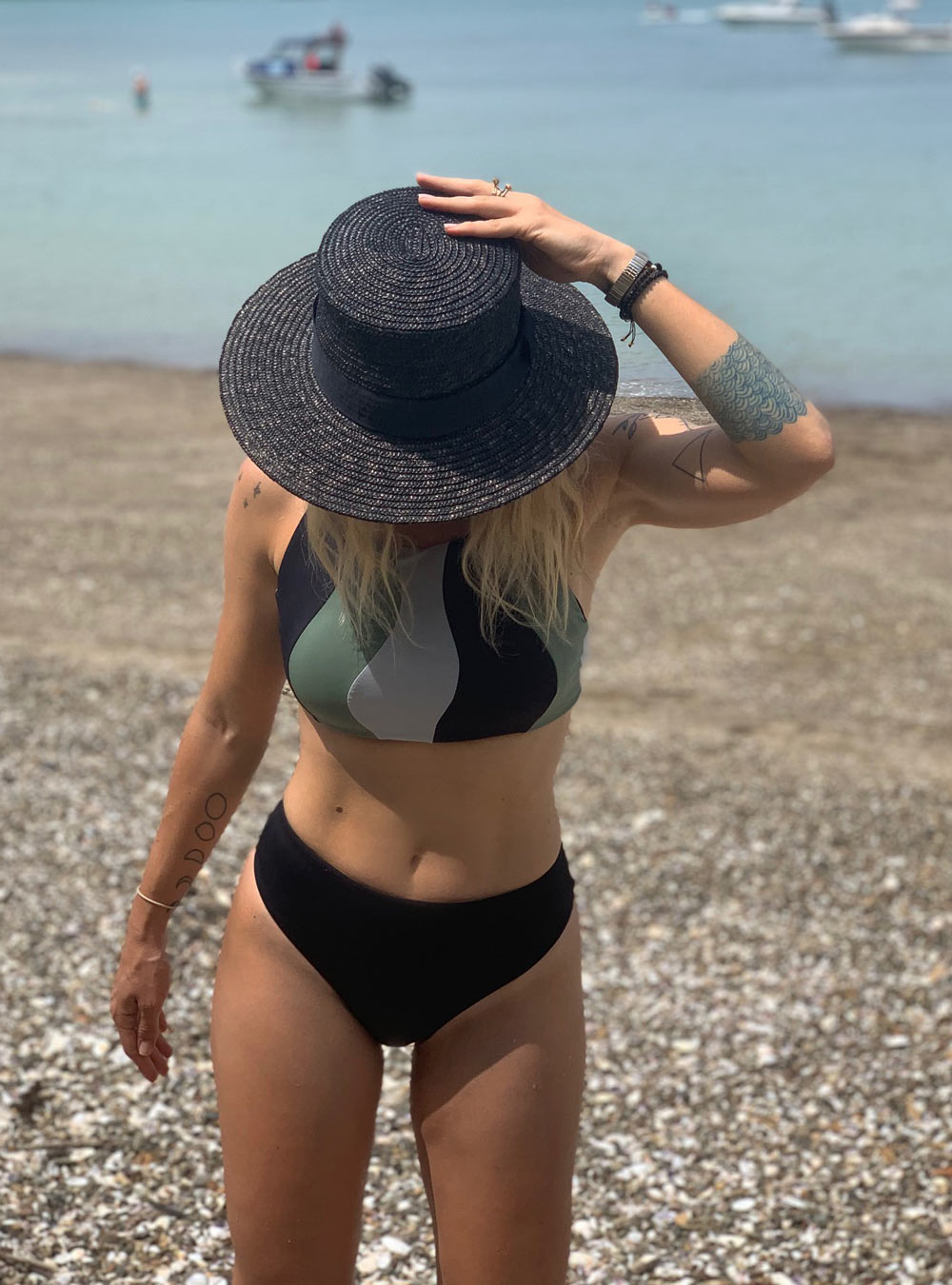 ANTIBES CROP TOP | GREEN/BLACK/GREY