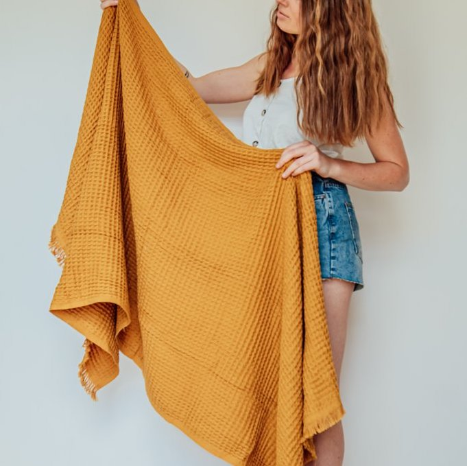 IZZY AND JEAN | Waffle turkish towel MUSTARD