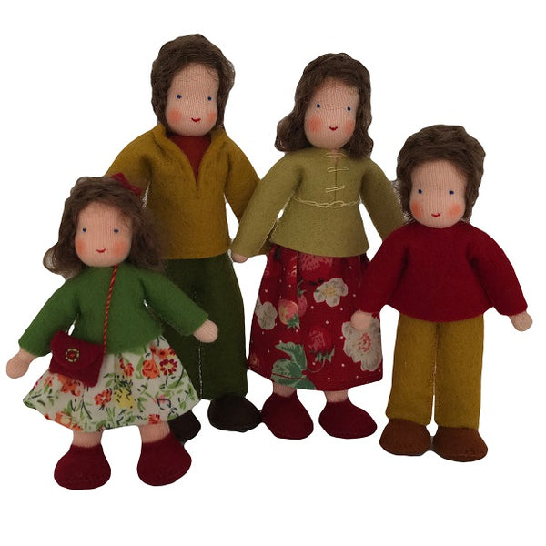 brown hair dollhouse family