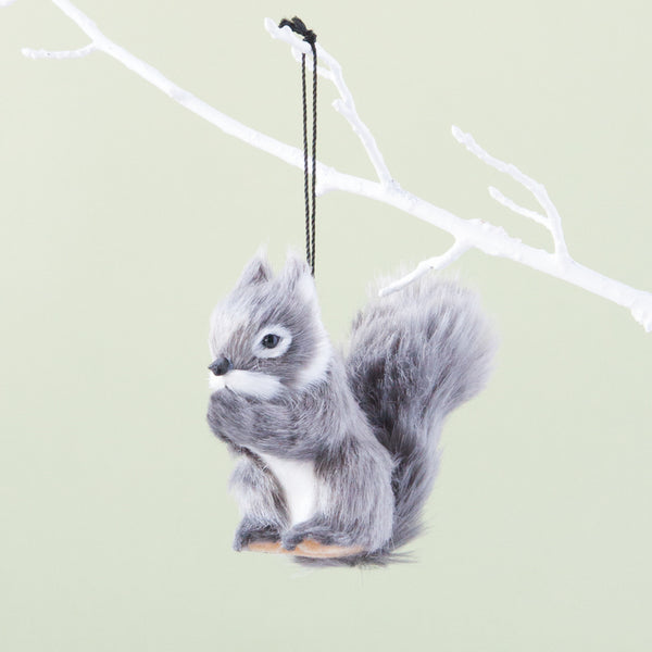 grey squirrel decoration