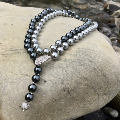 the midnight sky shell pearl necklace
