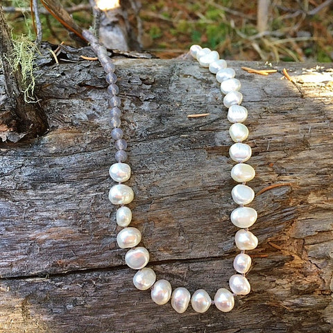 the dewdrop pearl and moonstone necklace