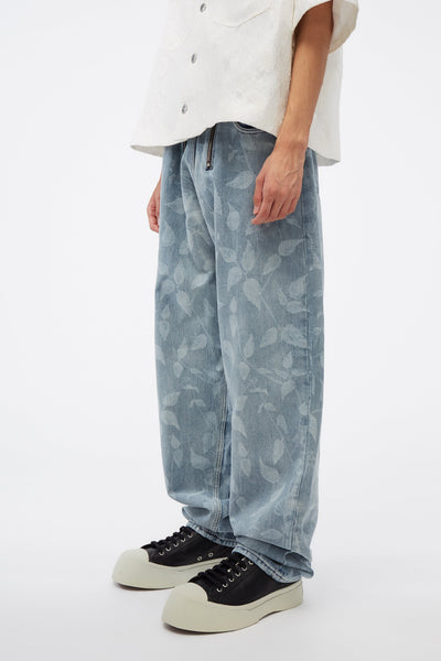 Straight Legged Jeans W Lasered Nettle Motif 97 Print