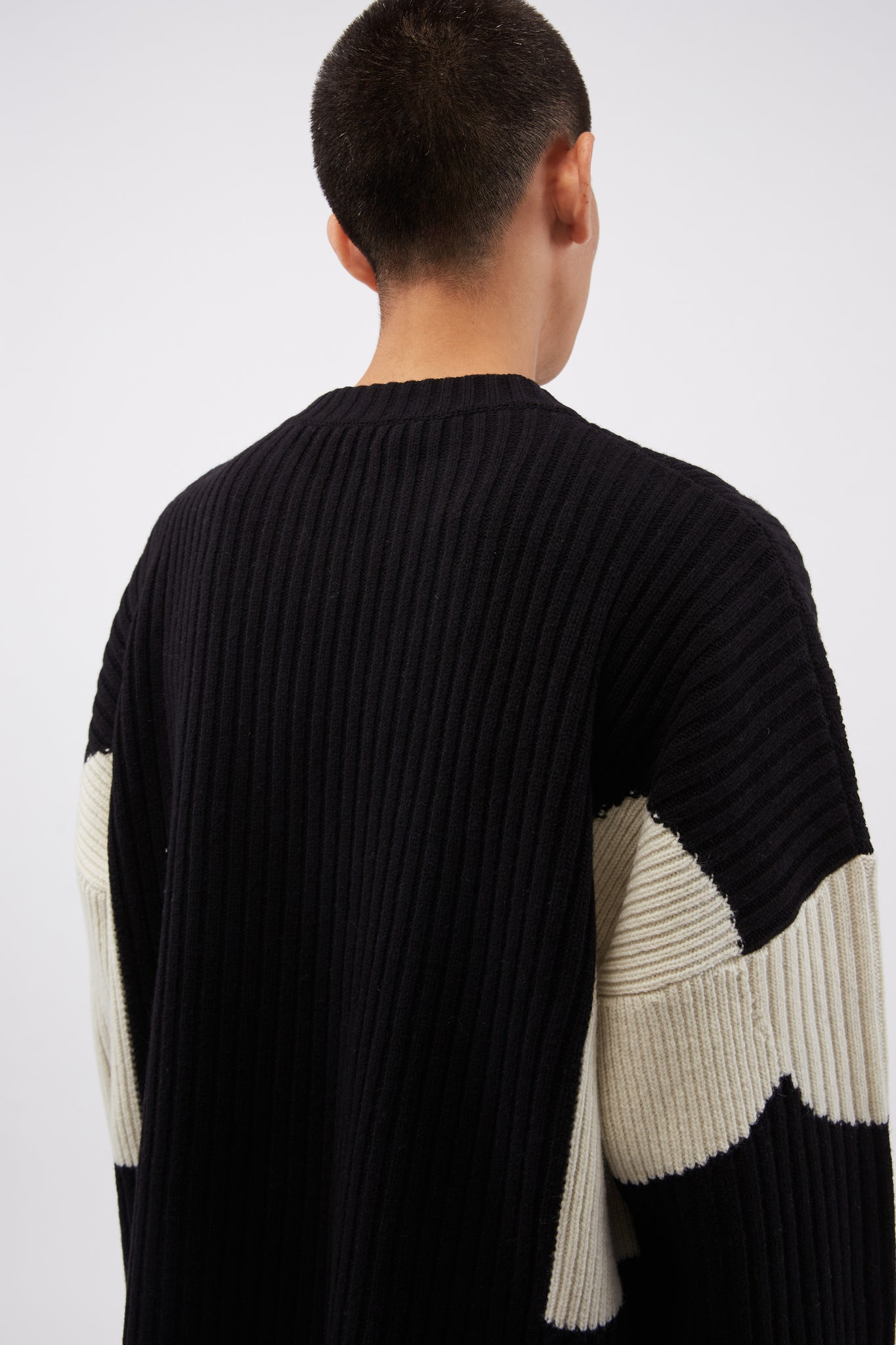 Knitted Unisex Color Blocked Jumper Black/Blue/Off-white