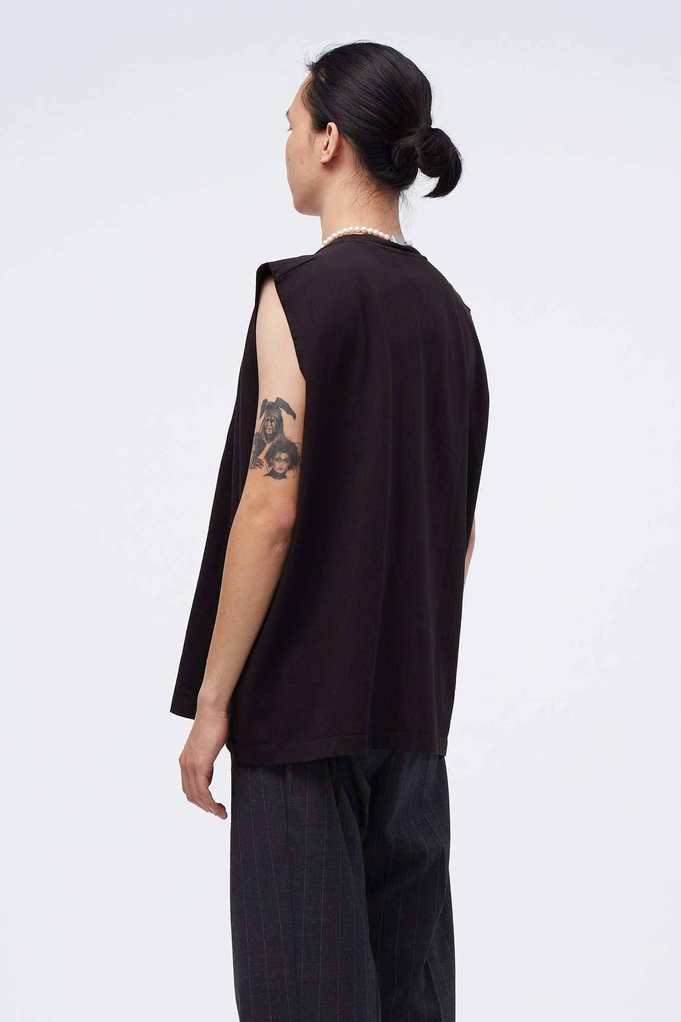 Box Sleeveless Last Meal Embroidery Black