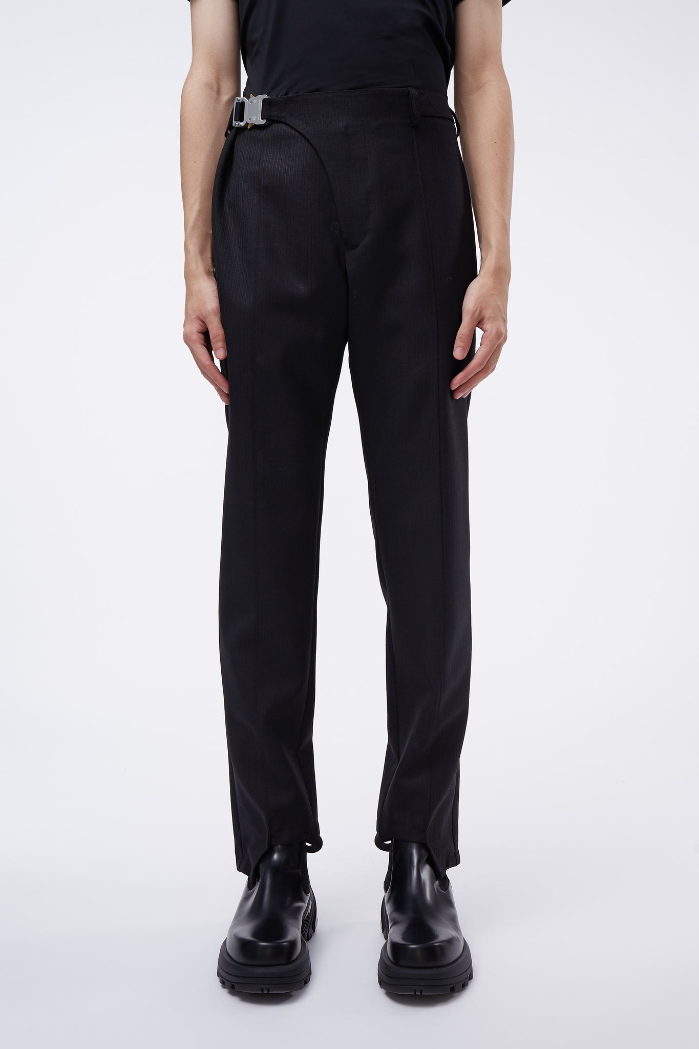Stirrup Suit Pant Black
