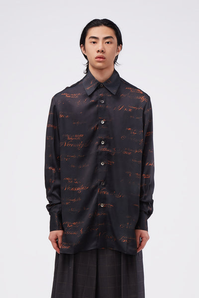 Act Of Desire - Ted Loose LS Shirt Dry Onyx Script Pattern