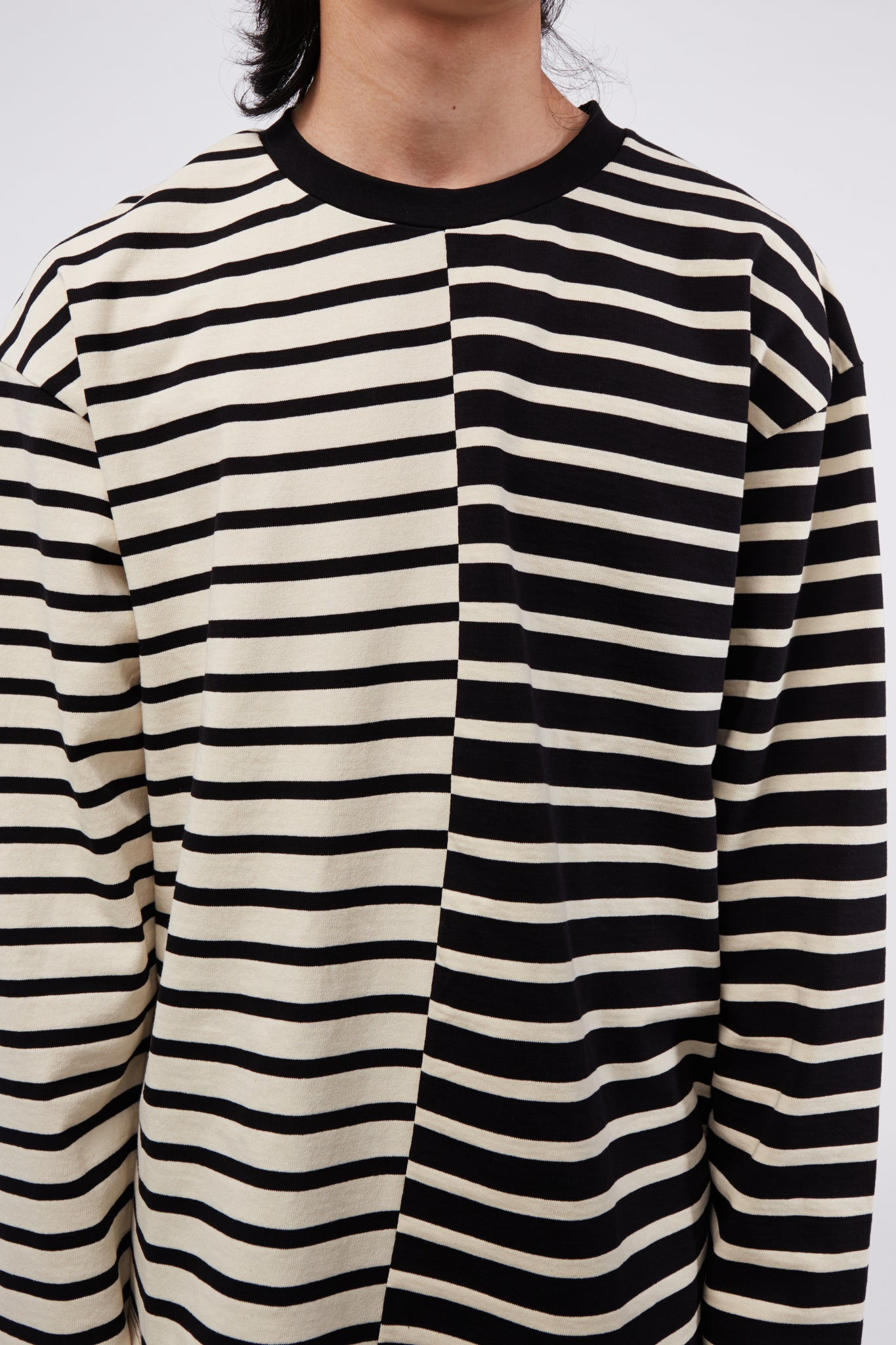 Essential Ringer L/S Black Stripe