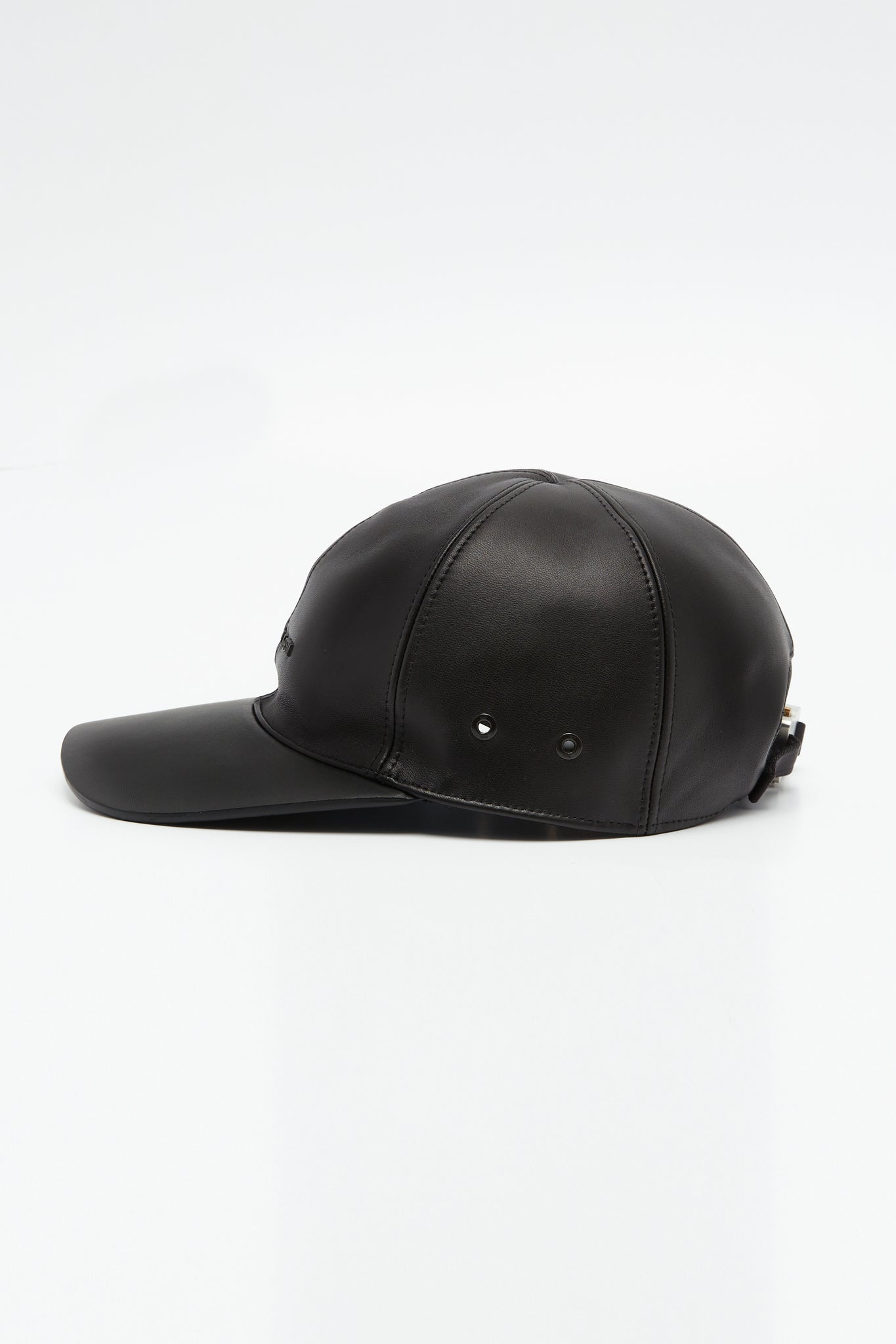 Logo Hat W/ Buckle Black