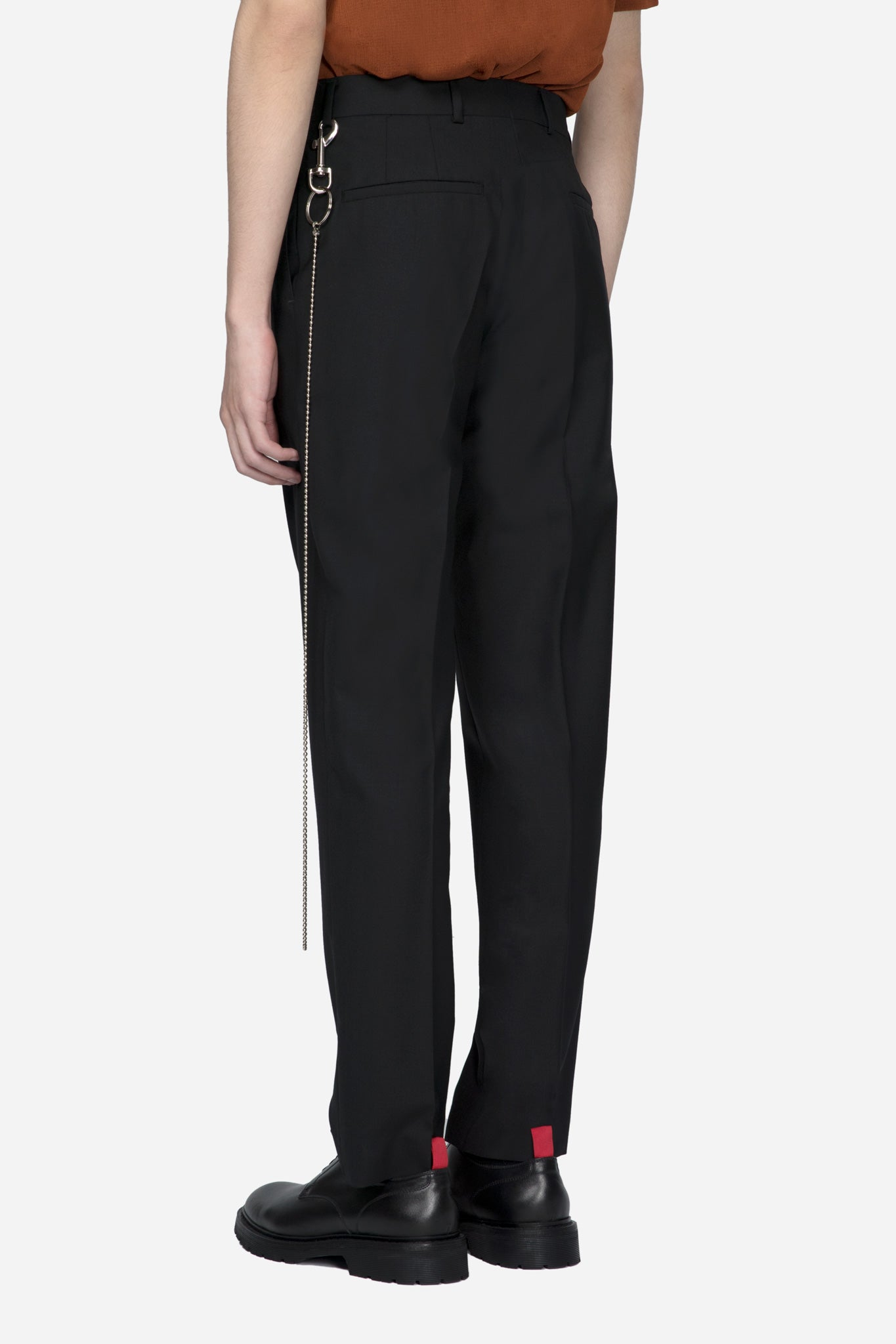 Tapered Trousers Key Chain Black