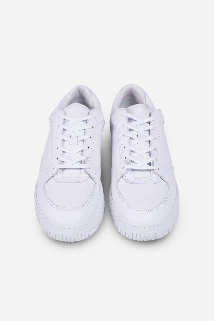 Low 3 White Virtus