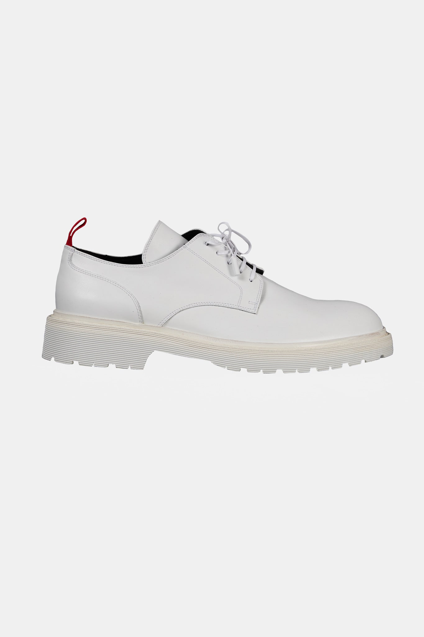 a140b1829 White Low Top Boots - 424