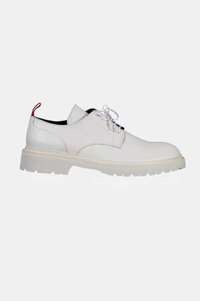 424 - White Low Top Boots
