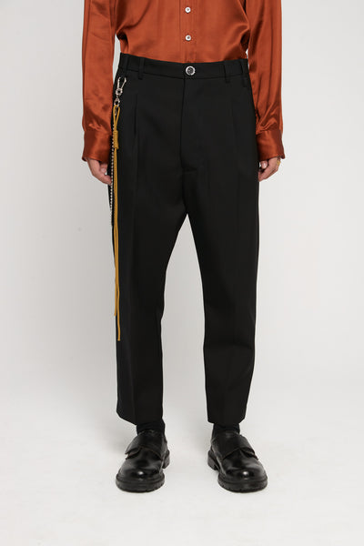 Song for the mute - Gabardine Pleated Tapered Pants Black