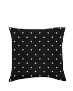 TRI ME. PILLOW COVER